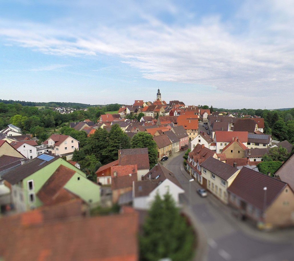 Luftbild Gochsheim Kirche