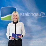 Lisa Grimm Moderation vor KTV Hintergrund