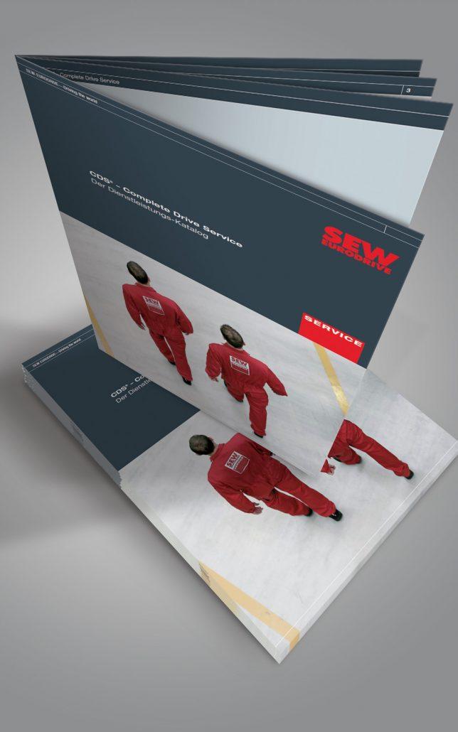 SEW Service Broschüre stehend