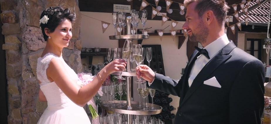 Das Brautpaar Sektgläser